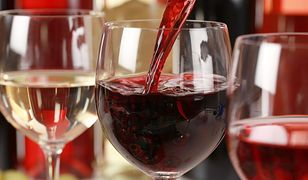 Wojciech Cyran radzi, jak dobrać wino do potrawy i prawidłowo je kosztować