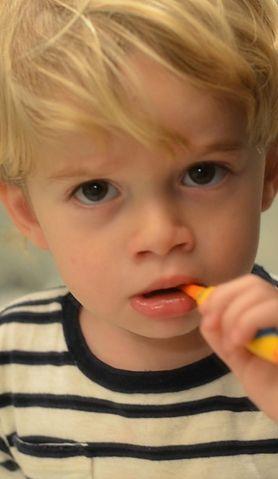 Poznaj sposoby na zachęcenie dziecka do mycia zębów