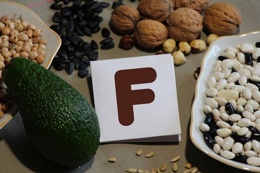 Dlaczego warto dostarczać organizmowi witaminę F i w jakich produktach ją znajdziemy?