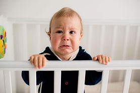 Niespokojne niemowlę - przyczyny, objawy, metody uspokajania