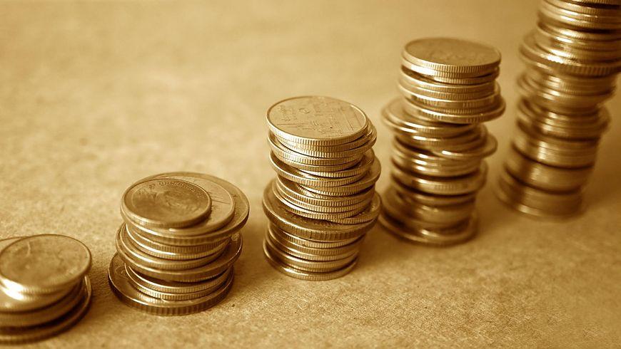 Miedź z monet wydziela się do wody