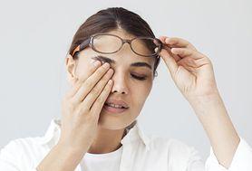 Łzawienie, pieczenie i ból oczu? To pierwsze objawy zapalenia spojówek