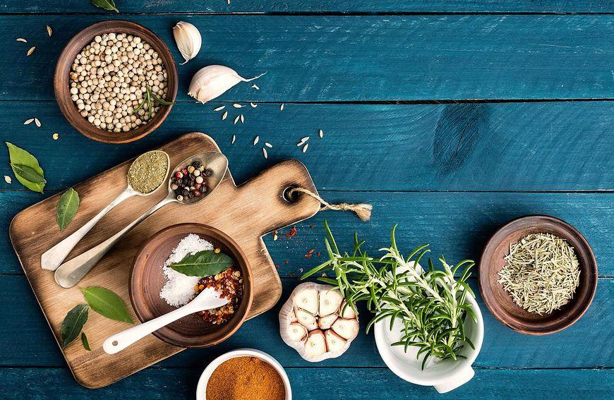 Rzeczy codziennego użytku w kuchni i ich data przydatności