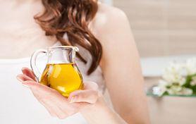 Olejki do włosów – rodzaje, porowatość włosów, jak olejować włosy