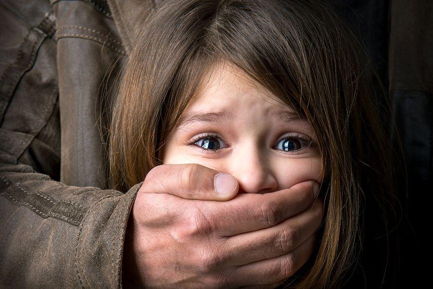 Porwane przez mężczyznę dziewczynki zostały znalezione martwe