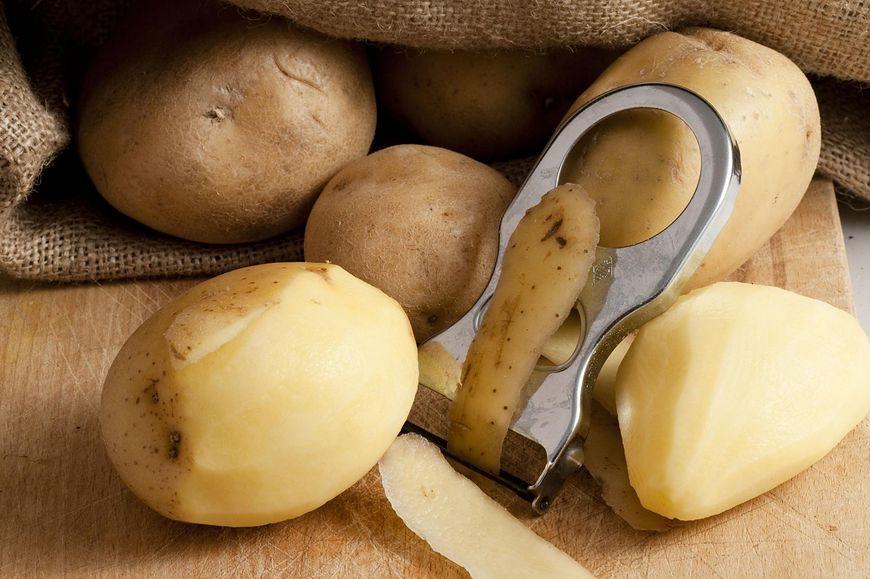 Sok z ziemniaków pomoże na kamicę nerkową
