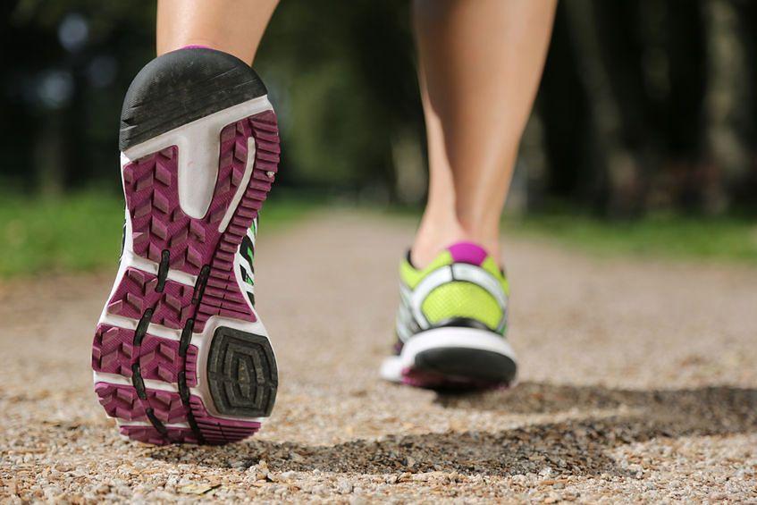 Zapalenie rozcięgna podeszwowego to choroba m.in. biegaczy