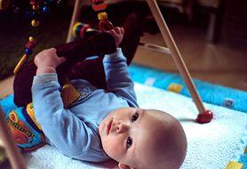 Jak ćwiczyć sprawne chwytanie u niemowląt?