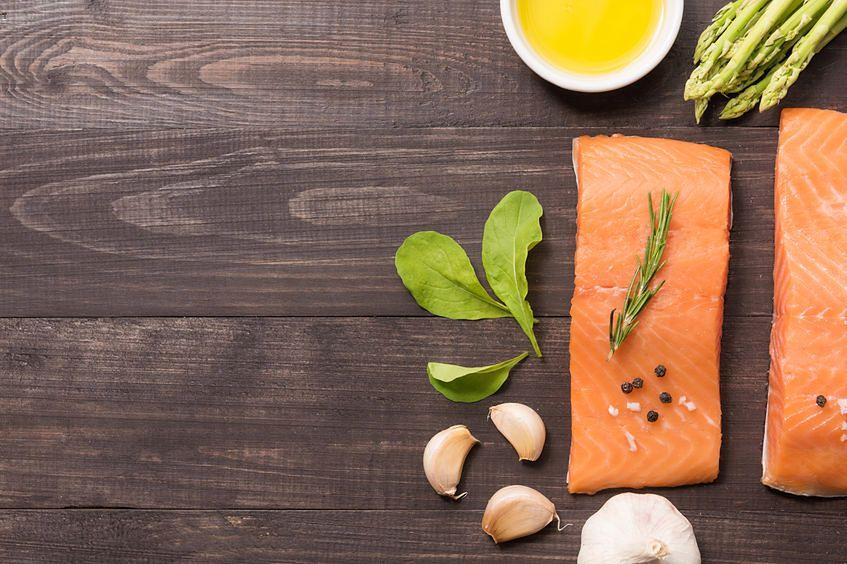 Łosoś jest bogaty w kwasy omega-3