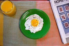 Na śniadanie wybierz produkty białkowe