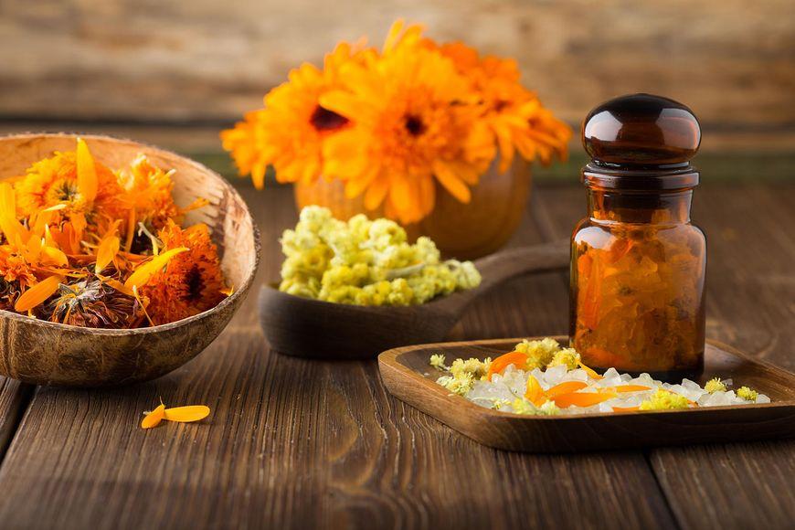 Nagietek lekarski jest jednym z najpopularniejszych ziół wykorzystywanych w medycynie naturalnej.