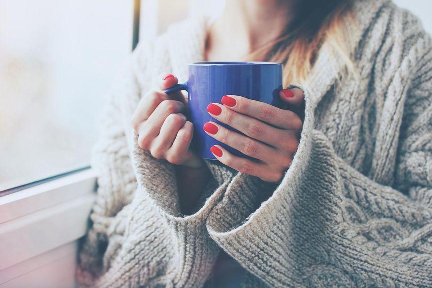 Kawa zawiera duże ilości kofeiny