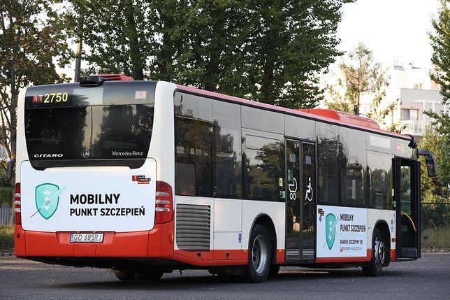 Mobilny punkt szczepień dla gdańskich szkół startuje w poniedziałek 13 września