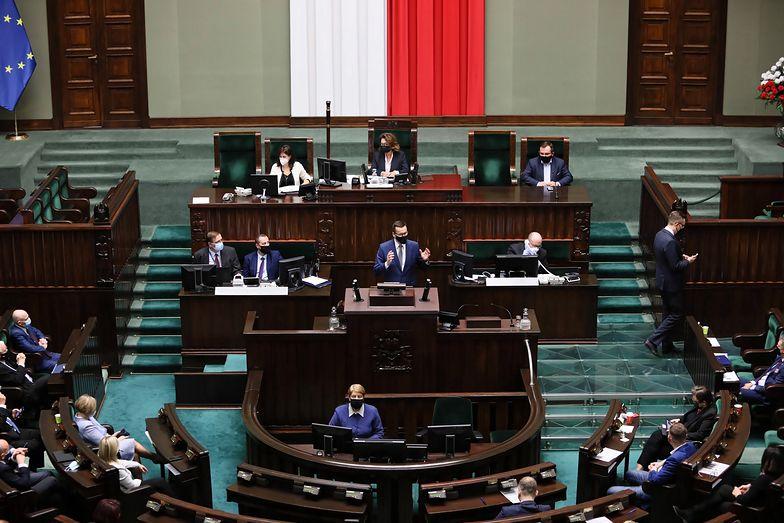 Stan wyjątkowy lub stan klęski żywiołowej w Polsce? Rząd podobno to rozważa