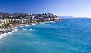 Hiszpańskie wybrzeże Costa del Sol kusi długimi plażami