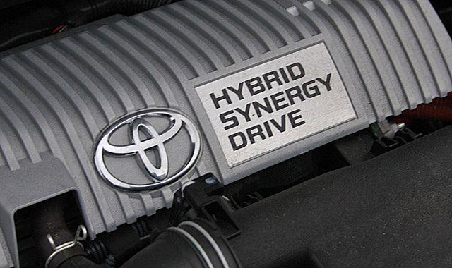 Toyota sprzedała na świecie już ponad 7 milionów samochodów hybrydowych