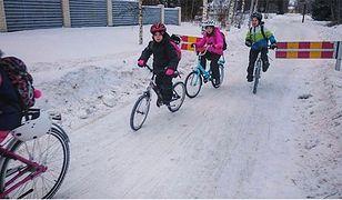 Dla fińskich dzieci podróż rowerem w mrozie to żaden problem