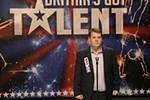 ''Carpool Karaoke'': James Corden wiezie Chrisa Martina na Super Bowl