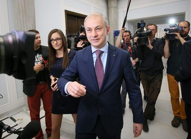 Grzegorz Napieralski należy do posłów Koalicji Obywatelskiej ukaranych za nieobecność na głosowaniu w sprawie tak zwanej ustawy represyjnej.