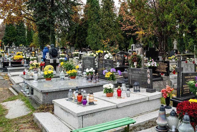 W Ksawerowie zamiast cmentarza jest park. Tak postanowił tamtejszy proboszcz