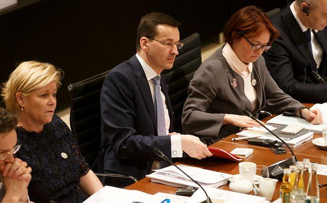 Komentatorzy zwracają uwage na międzynarodowe obycie nowego premiera
