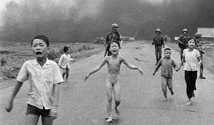 Dziewczynka ze symbolicznego zdjęcia ma dziś 55 lat