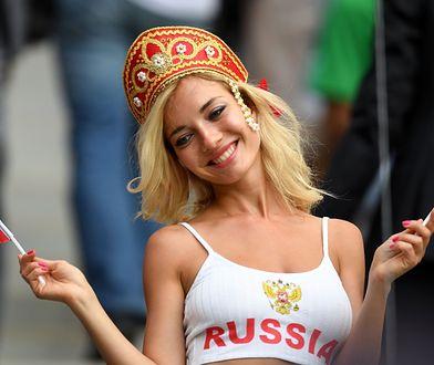 Uradowana Rosjanka na meczu otwarcia