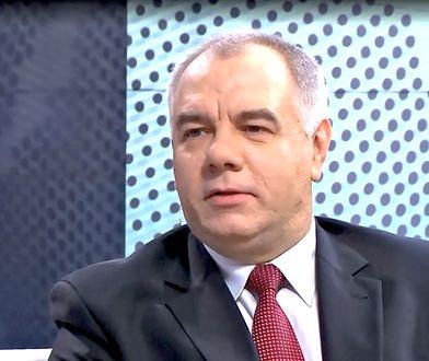 Jacek Sasin jest z wykształcenia historykiem