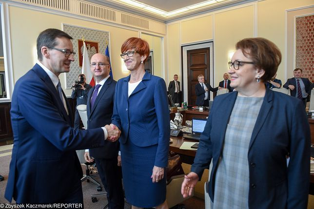 Mateusz Morawiecki, Elżbieta Rafalska i Anna Zalewska.