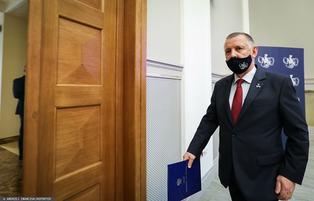 Marian Banaś złożył zawiadomienie do prokuratury na Jarosława Kaczyńskiego