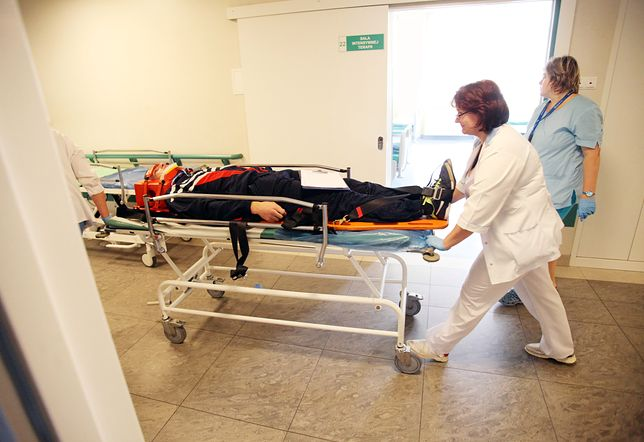 Z powodu niskich zarobków w Polsce zaczyna brakować pielęgniarek