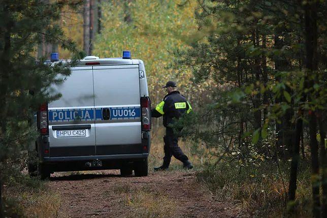 Siedlce. 16-latka zakopana w lesie. Jest zarzut zabójstwa dla 21-latka