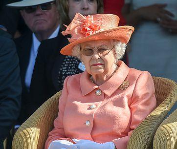 Do królowej nie można podejść ot tak