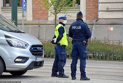 Pijany turysta szalał w Gdańsku. Z balkonu wyrzucał sprzęty
