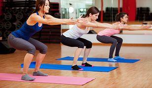 Przysiady (squaty) - jak prawidłowo robić? Rodzaje i efekty przysiadów