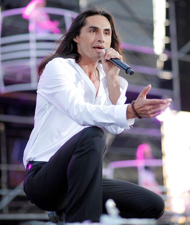 Ivan Komarenko śpiewa po niemiecku
