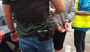 Katowicka policja zatrzymała 17 osób. Mieli oszukać niemiecką firmę na 2,5 mln zł