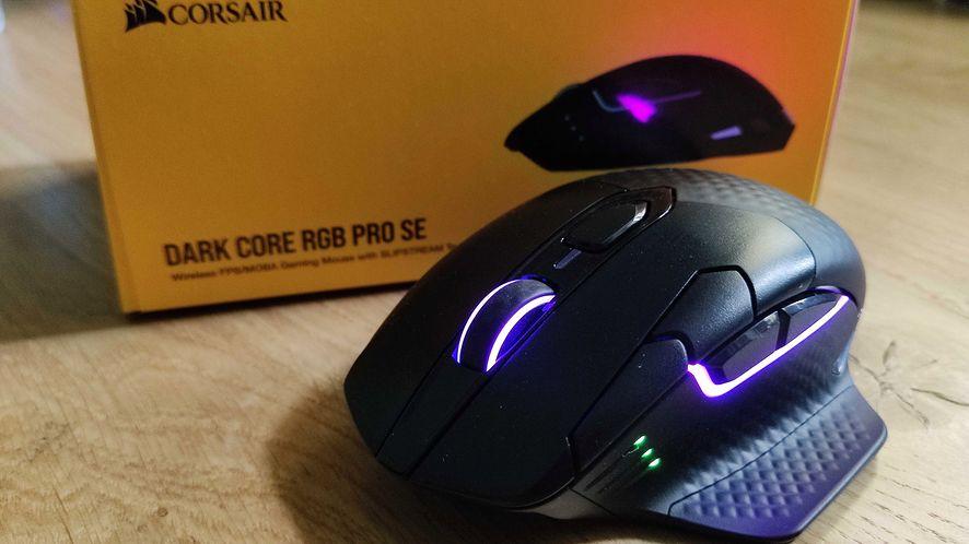 Corsair Dark Core RGB Pro SE. Test bezprzewodowej myszy z ładowaniem indukcyjnym