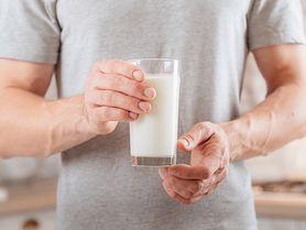 Dieta na zgagę - produkty zalecane i przeciwwskazane. Domowe sposoby na zgagę