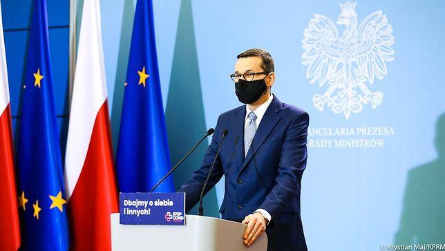 Luzowanie obostrzeń. Premier Mateusz Morawiecki podczas konferencji prasowej (zdj. arch.)