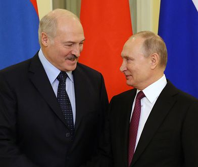Łukaszenka uderza w Polaków, by obronić swoją pozycję. Ale robi to też w imieniu Kremla (OPINIA)