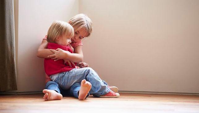 Stręczyła swoje córki. Przyznała się do winy