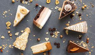 Proste przepisy na ciasta są przeznaczone dla osób rozpoczynających swoją przygodę z cukiernictwem.
