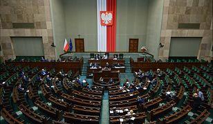 Sondaż IBRIS dla WP. Wybory parlamentarne. Jak wypada ugrupowanie Szymona Hołowni?