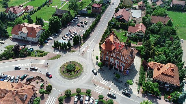 Burmistrz Niepołomic wraca do pracy