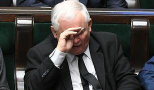 Jak zdobyć dodatkowe kilka procent głosów - to obecnie największe zmartwienie Jarosława Kaczyńskiego. Nie znajdzie ich, straci władzę.