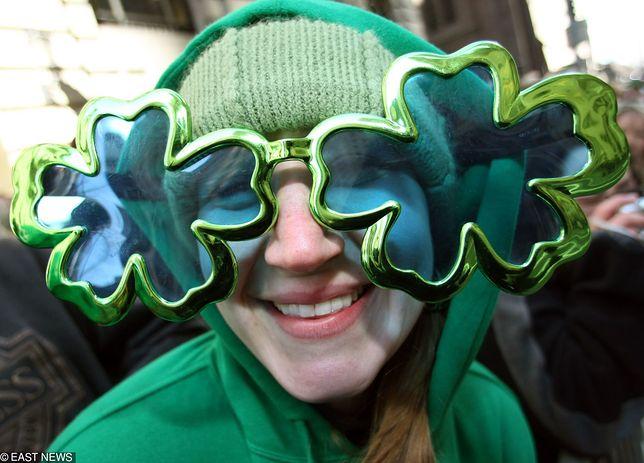 Dzień Świętego Patryka - 17 marca. Piwo i zielone parady na ulicach w całej Irlandii.