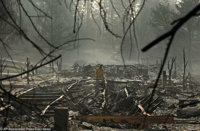 Pożar w Kalifornii zabił już 83 osoby.