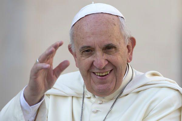Papież Franciszek powrócił z Albanii do Rzymu