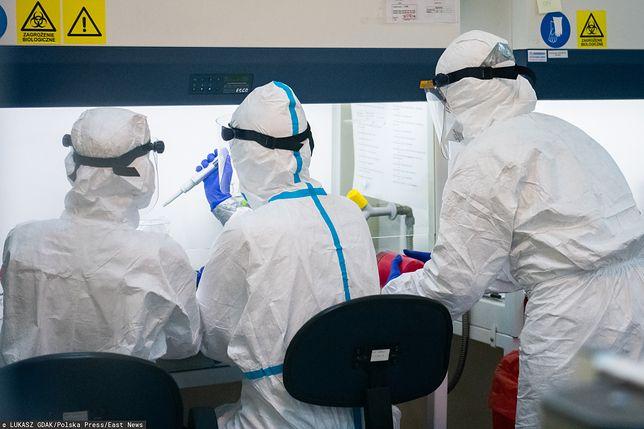 Koronawirus. Pierwszy przypadek super-roznosiciela w Polsce? Sam nie miał objawów, zachorowały 53 osoby